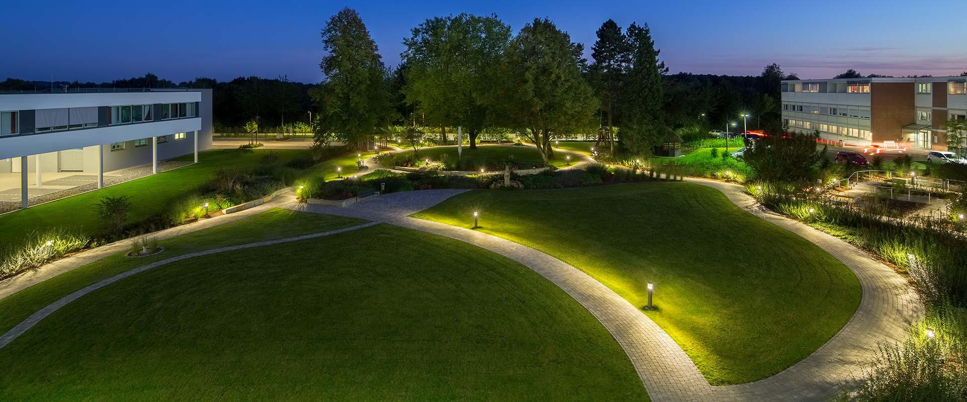 Wegbeleuchtung Für Pflegeheime Trilux Simplify Your Light
