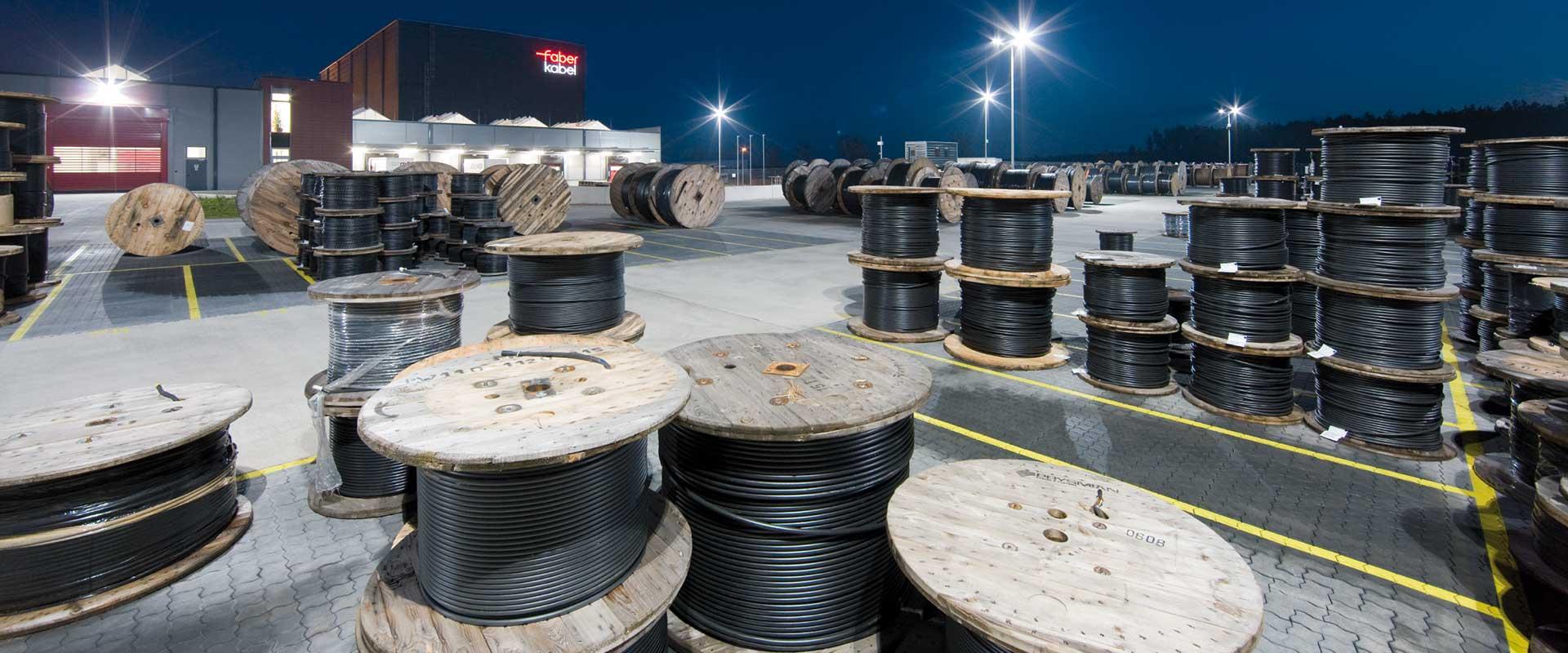 LED-verlichting voor magazijn en logistieke ruimte - TRILUX Benelux