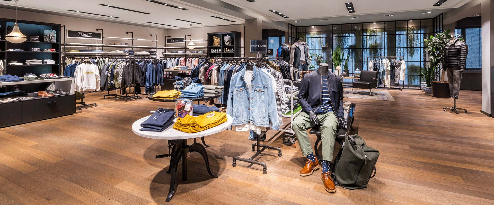 Fashion store lighting - LED lighting for shops by TRILUX