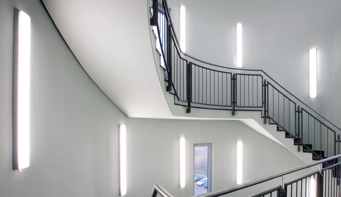 wartungsfaktor bei leds trilux. Black Bedroom Furniture Sets. Home Design Ideas