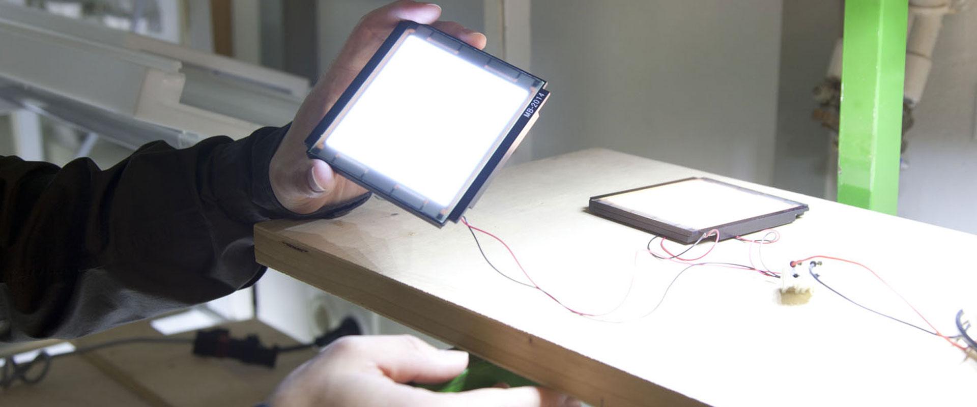 beleuchtung mit oled trilux simplify your light. Black Bedroom Furniture Sets. Home Design Ideas