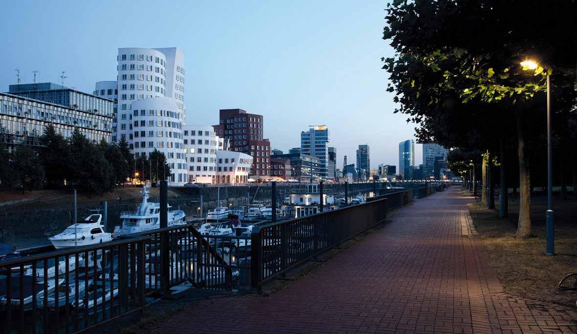 El Medienhafen de Dusseldorf - Alemania