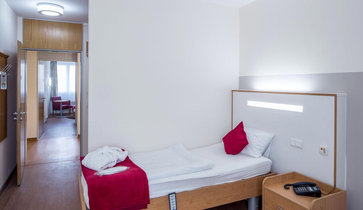 Gestione della luce per ospedali e strutture assistenziali. trilux