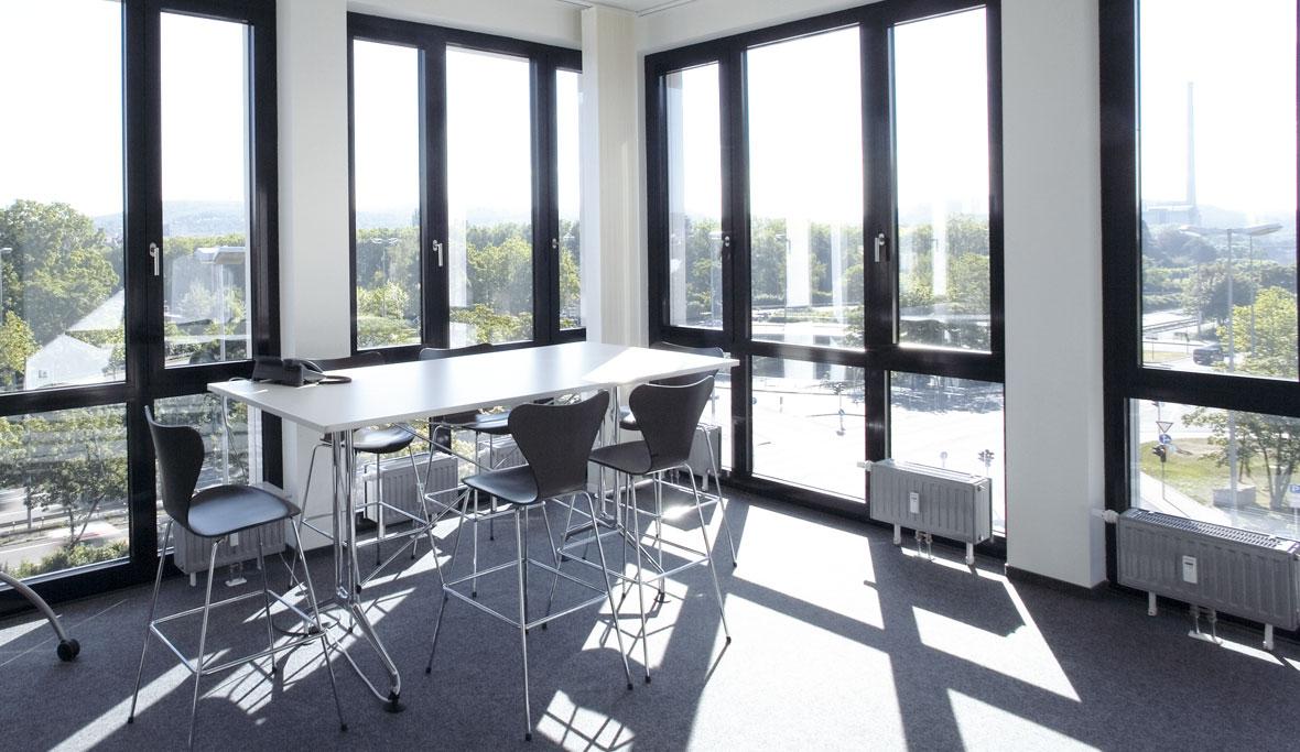 tageslicht trilux. Black Bedroom Furniture Sets. Home Design Ideas