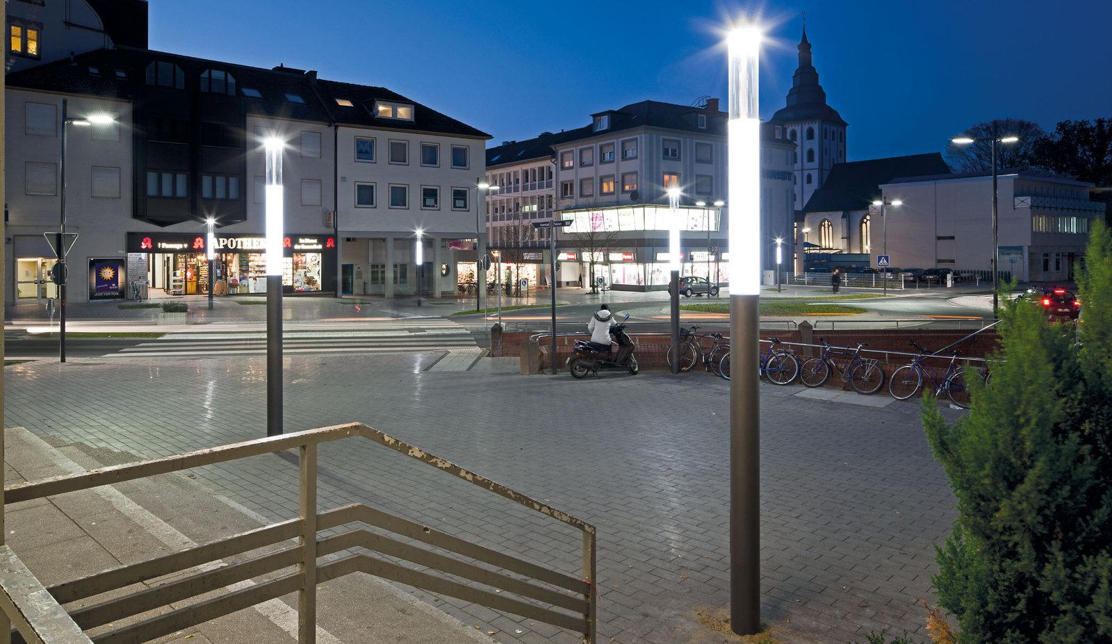 hauptbahnhof lippstadt deutschland trilux simplify your. Black Bedroom Furniture Sets. Home Design Ideas