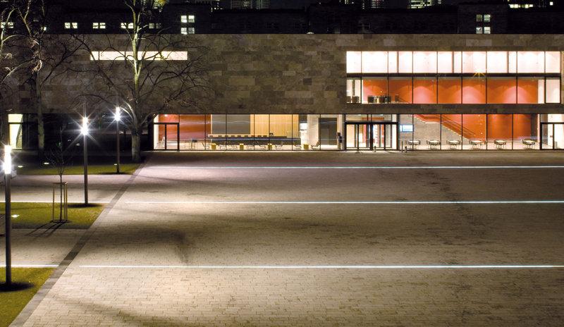 Piazze - Illuminazione di strutture architettoniche - Outdoor - Applicazione ...