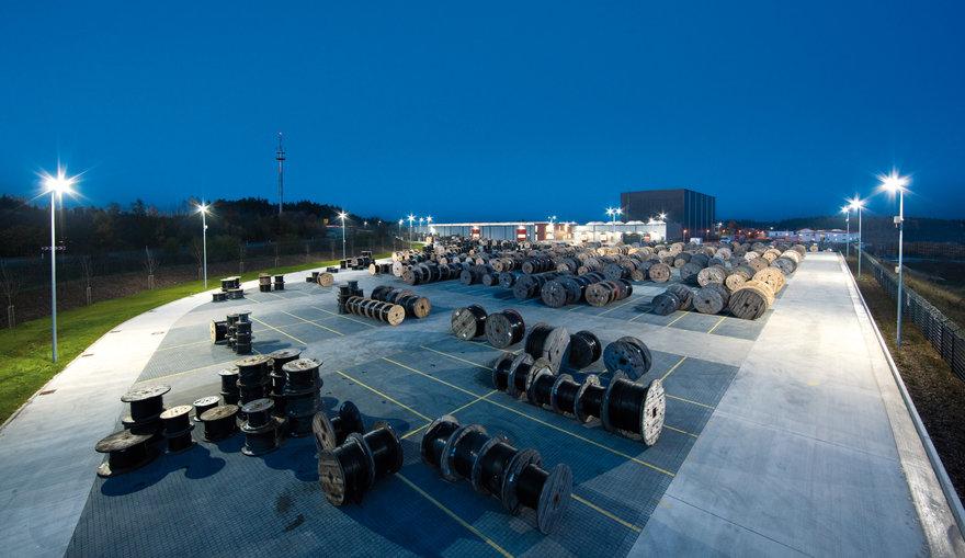 Lumena LED für Aussenlager in der Industrie