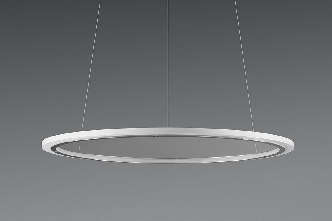 Lateralo ring led produits trilux simplify your light for Plafonnier suspendu design